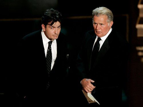 charlie sheen emilio estevez mother. Charlie Sheen and Martin Sheen