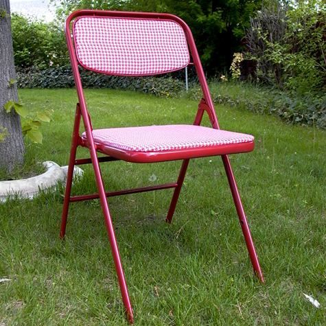 folding chair makeover spray painted