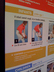infant cpr sign