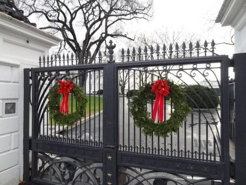 white house christmas wreaths
