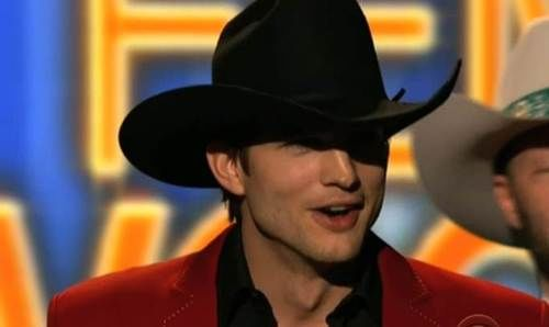 ashton kutcher country music awards