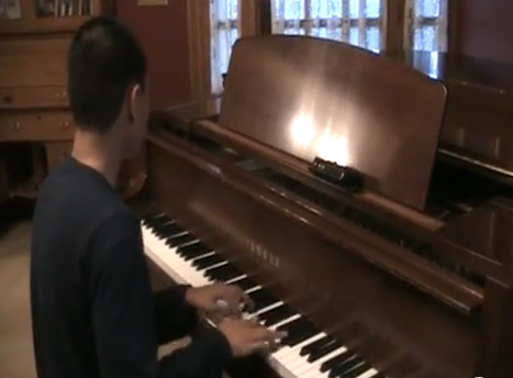 blind teen piano Truly awe-inspiring talent is rare, but blind 15-year-old ...