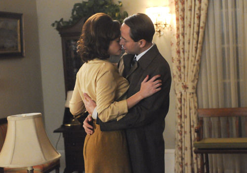 mad men pete and his new fling played by alexis bledel