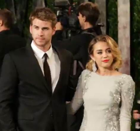 Miley Cyrus and Liam Hemsworth engaged