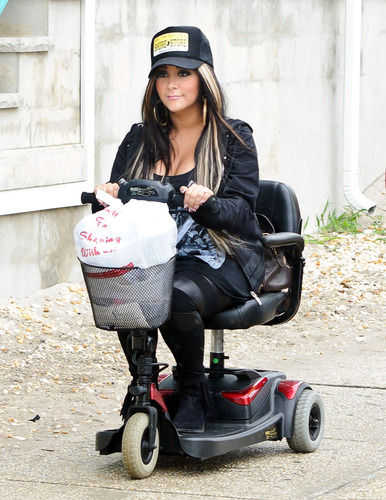 Snooki scooter