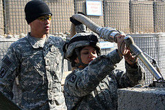 woman us army