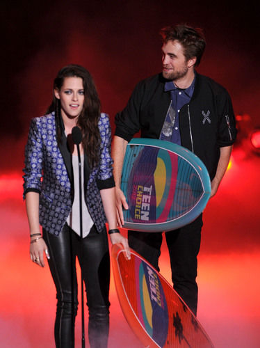 robert pattinson kristen stewart teen choice awards 2012