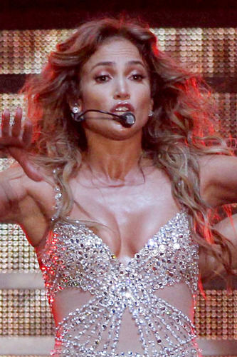 jlo wardrobe malfunction