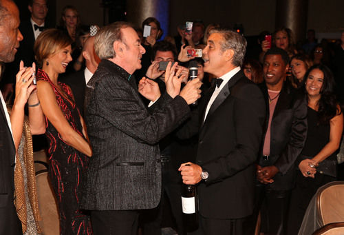 Photo of Neil Diamond & his friend actor  George Clooney - Los Angeles
