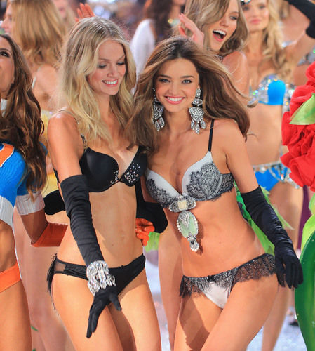 Miranda Kerr & Victoria's Secret Models