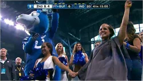indianapolis colts cheerleaders shaving head