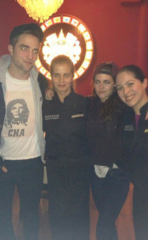 robert pattinson kristen stewart mexican restaurant
