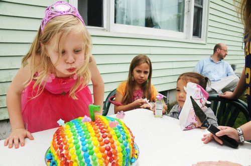 The 'Healthy' Birthday Party Is One Parenting Trend That Needs to Disappear ... Now