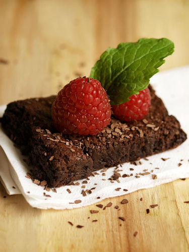 brownies raspberries