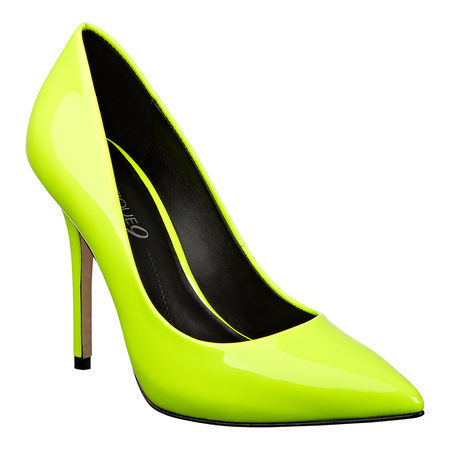 Neon &ldquo;Sally&rdquo; Boutique 9 pointy toe platform pump