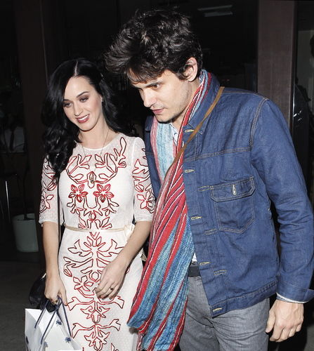 Is Katy Perry back with John Mayer?  What about Katy and Robert Pattinson?