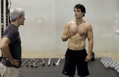 henry cavill shirtless workout