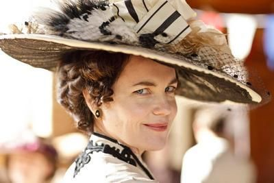 Downton abbey lady grantham