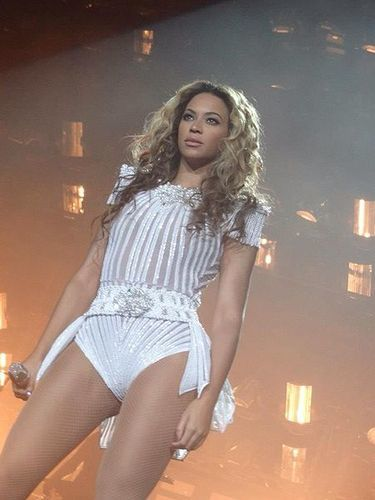 beyonce in concert mrs. carter show world tour