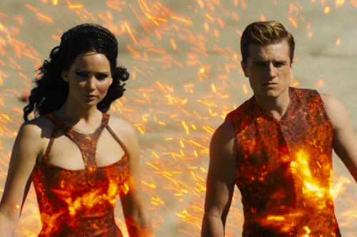 hunger games: catching fire trailer still peeta katniss
