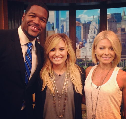 Kelly Ripa Demi Lovat