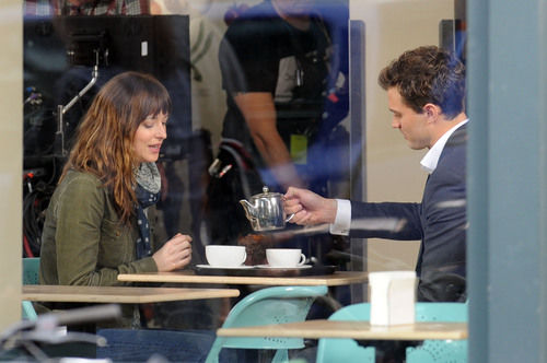 dakota johnson jamie dornan first photos 50 shades of grey set