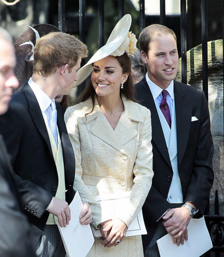 kate middleton talking to prince harry prince william zara tindall wedding
