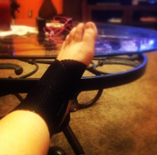 Catelynn Lowell foot