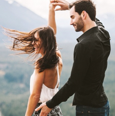 desiree hartsock chris siegfried engagement shot dancing