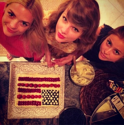 taylor swift jaime king