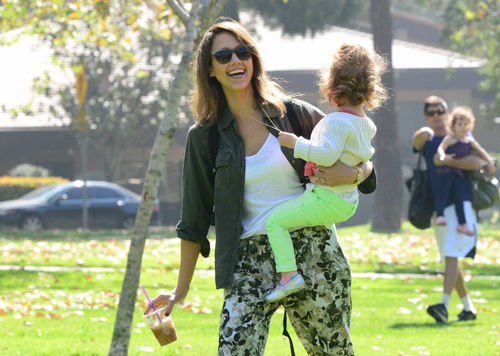 Jessica Alba with her daughter in a park