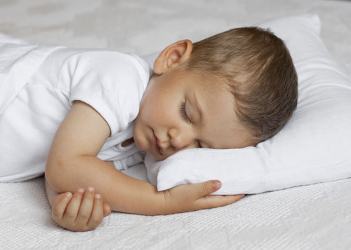 7 Tips on Getting Your Toddler to Sleep Better | The Stir