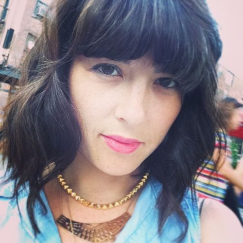 Why Every Mom Should Get Blunt Bangs