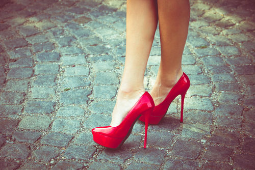 11 tricks to wearing high heels without the stir
