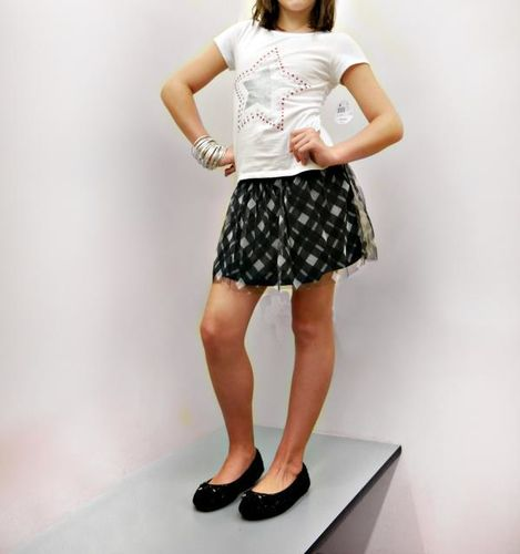 girl in Kmart clothes