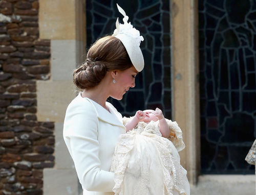 20 Times Kate Middleton Looked Like an Angel in White ...
