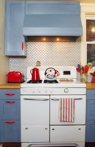 red blue kitchen