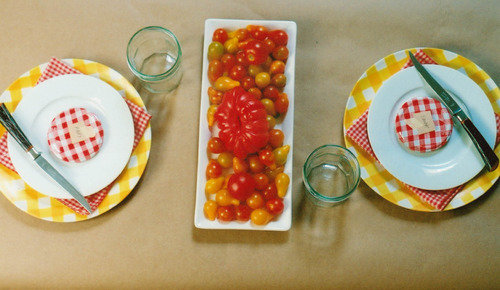 tomatoes summer table setting plates