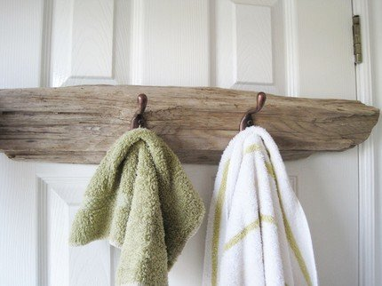 towel rack driftwood