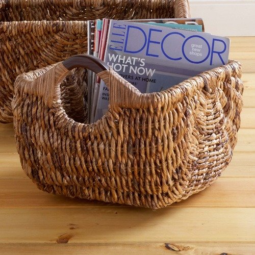 Hannah Banana baskets wood handle