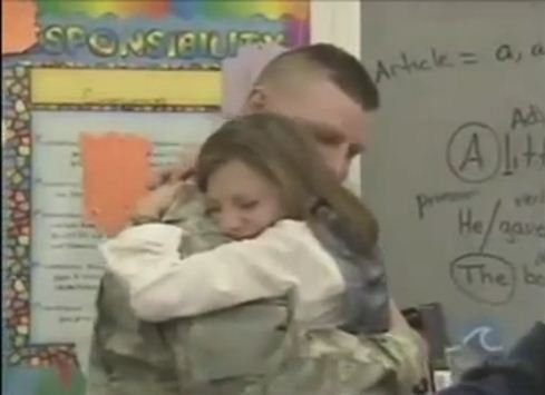 military dad daughter reunion