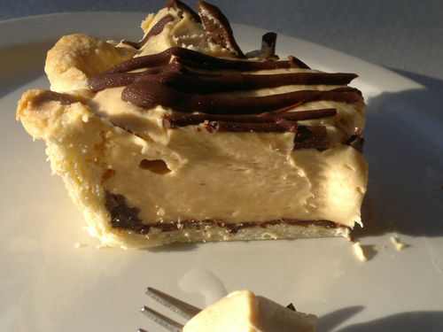 No-Bake Peanut Butter Pie Recipe Will Make for a Sweet Thanksgiving ...