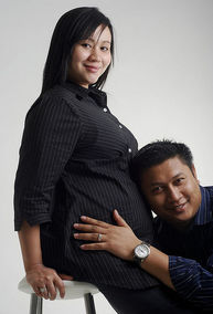 pregnant photo with dad