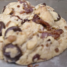 chocolate chip bacon cookie