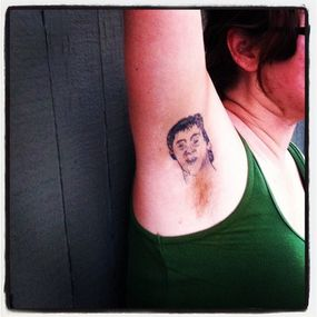 hockey player armpit tattoo
