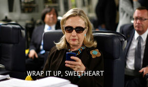 Hillary Clinton texts Bill Clinton DNC