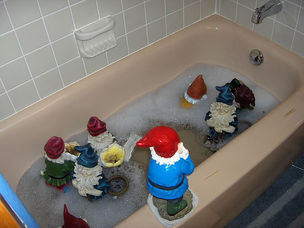bathtub gnomes