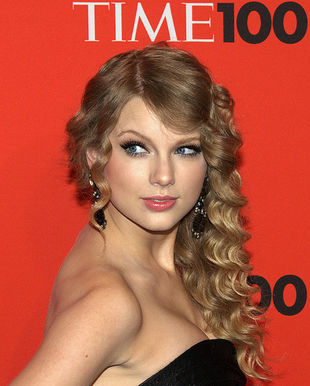 Taylor Swift Scandal on Taylor Swift Nude Photo Scandal Is Hard To Believe   The Stir
