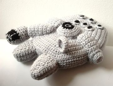 crochet star wars millenium falcon
