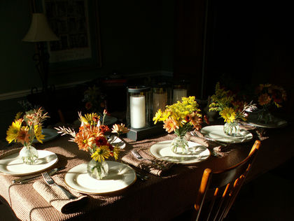 thanksgiving table flowers